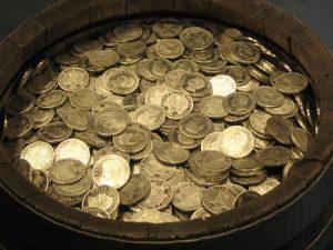 Druga strona monety – wolność finansowa i przekonania